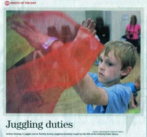 NewsPaper Juggle Boy